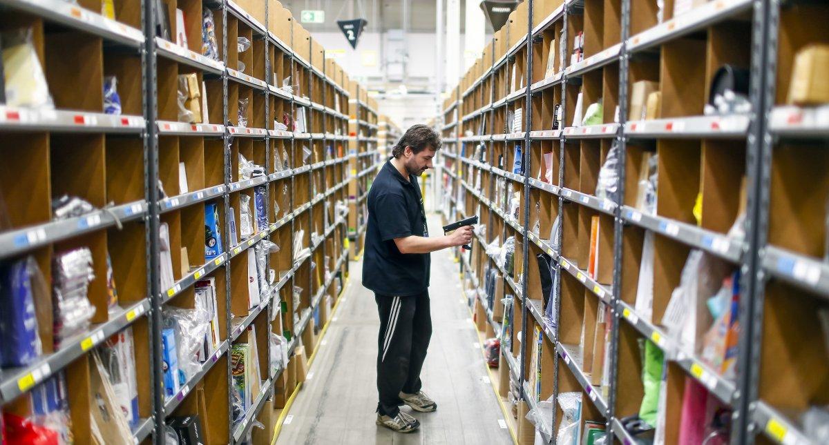 На складах Amazon теперь работает 30 тысяч роботов вместо 15 тысяч (+ фото со складов компании) - 17