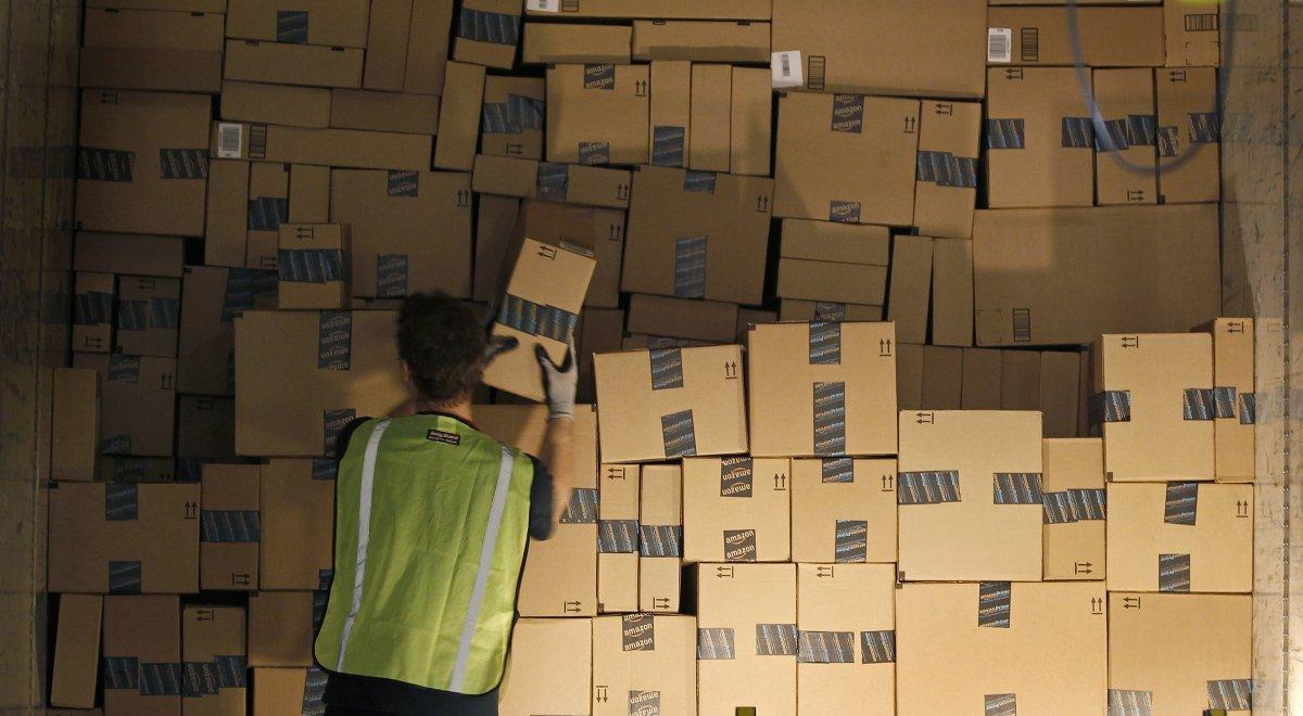 На складах Amazon теперь работает 30 тысяч роботов вместо 15 тысяч (+ фото со складов компании) - 7