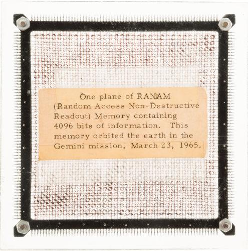 Микросхема памяти с корабля Gemini 3 выставлена на аукцион