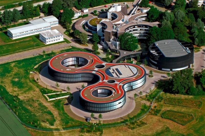 Самые красивые научные лаборатории мира: внутри и снаружи - 7