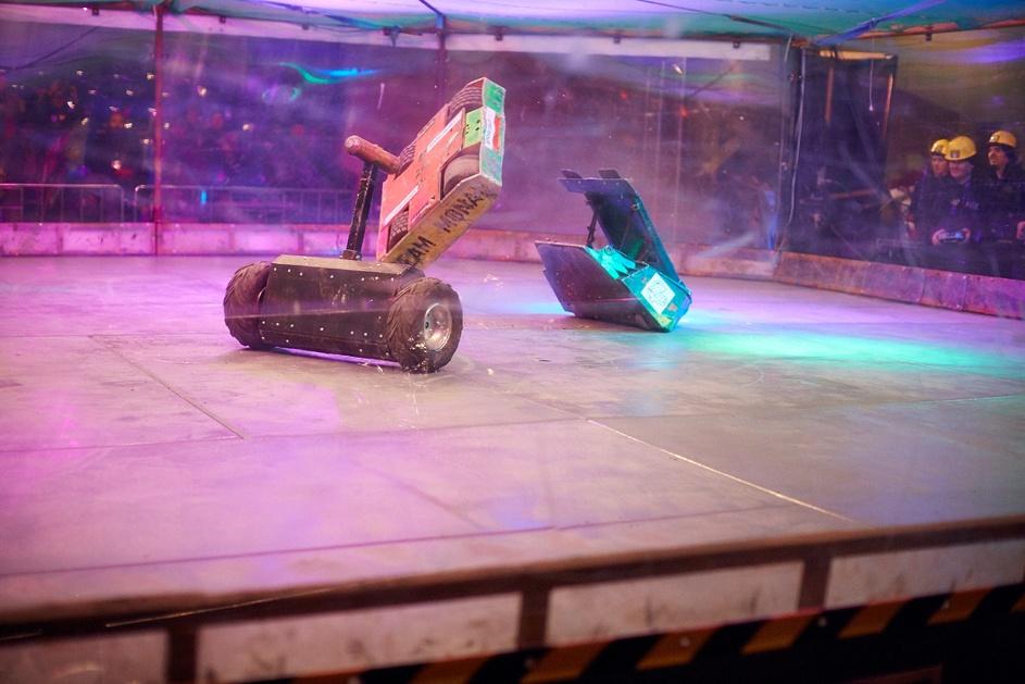 Фотоотчет с открытия боев роботов «Бронебот: Осенний разогрев» - 20