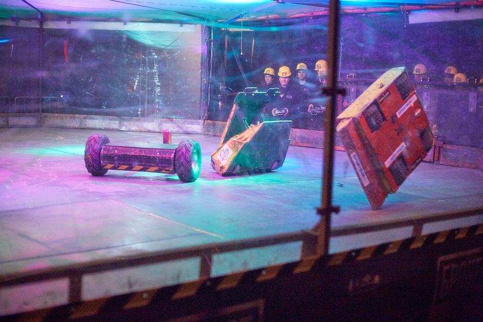Фотоотчет с открытия боев роботов «Бронебот: Осенний разогрев» - 22