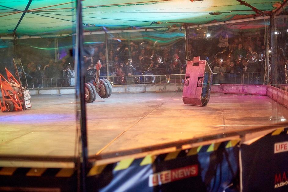 Фотоотчет с открытия боев роботов «Бронебот: Осенний разогрев» - 32