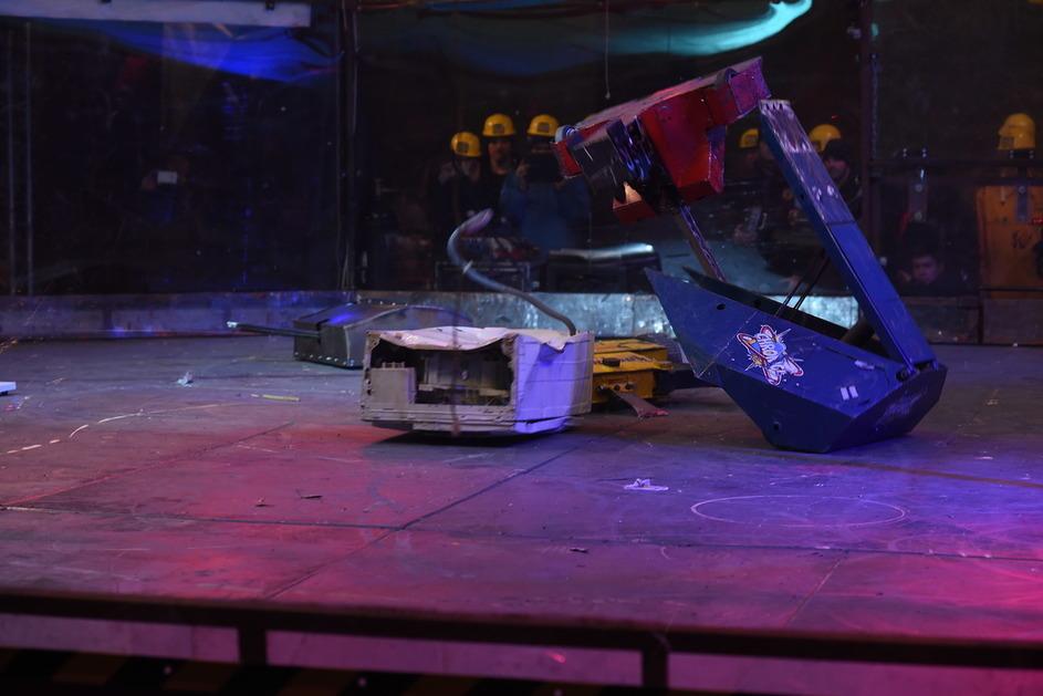 Фотоотчет с открытия боев роботов «Бронебот: Осенний разогрев» - 45