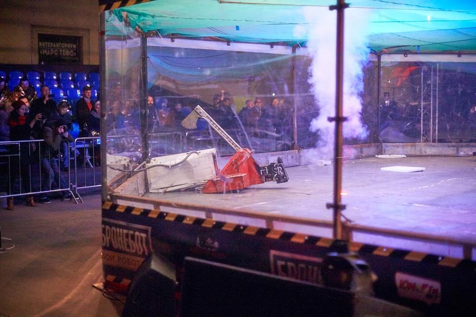 Фотоотчет с открытия боев роботов «Бронебот: Осенний разогрев» - 50