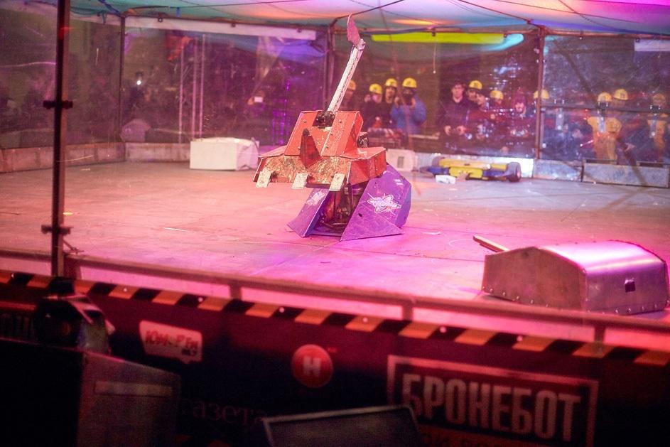 Фотоотчет с открытия боев роботов «Бронебот: Осенний разогрев» - 51
