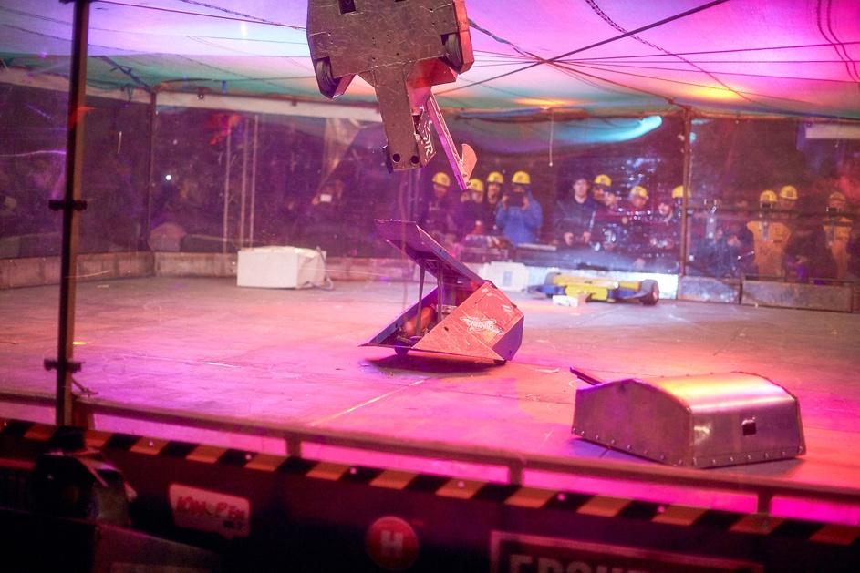 Фотоотчет с открытия боев роботов «Бронебот: Осенний разогрев» - 52