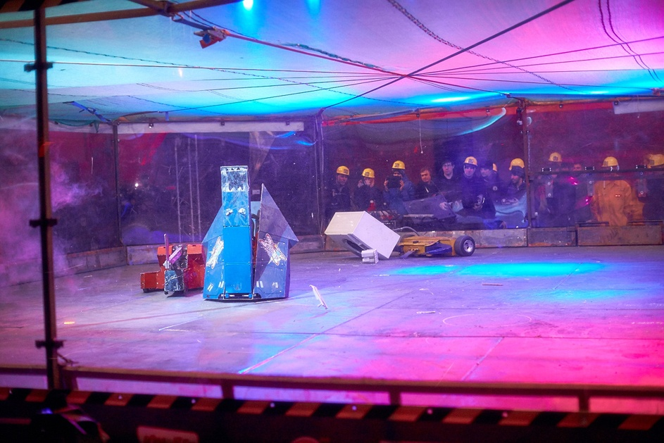 Фотоотчет с открытия боев роботов «Бронебот: Осенний разогрев» - 58