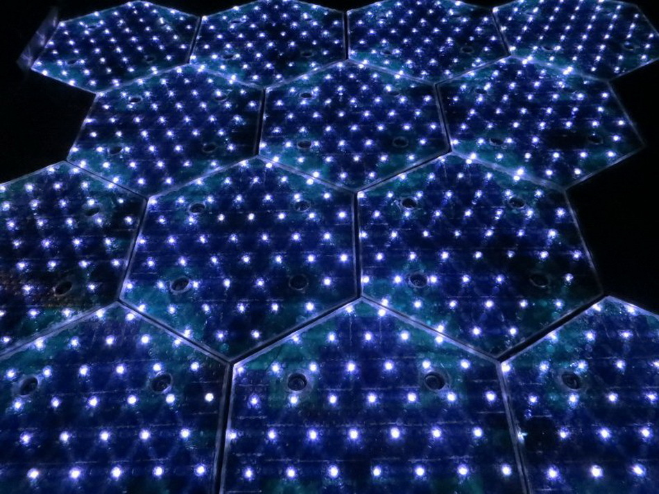 Найден способ превратить гигантскую дорожную сеть США в одну большую солнечную панель - 2