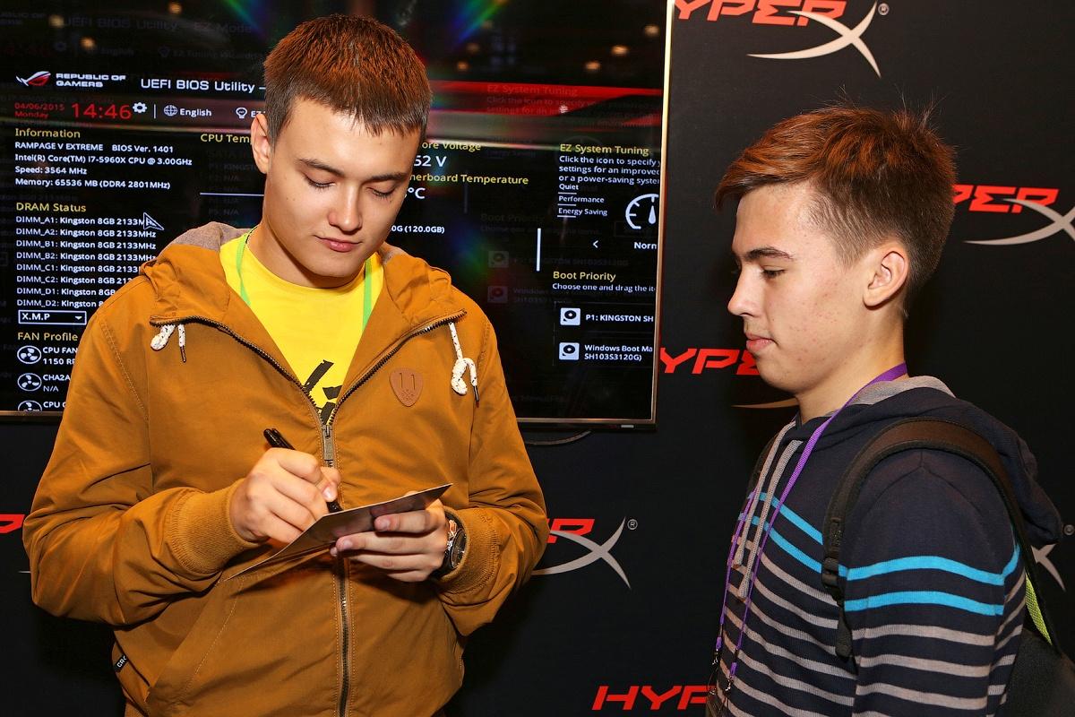 [Игромир 2015] Как прошла выставка на стенде HyperX - 10