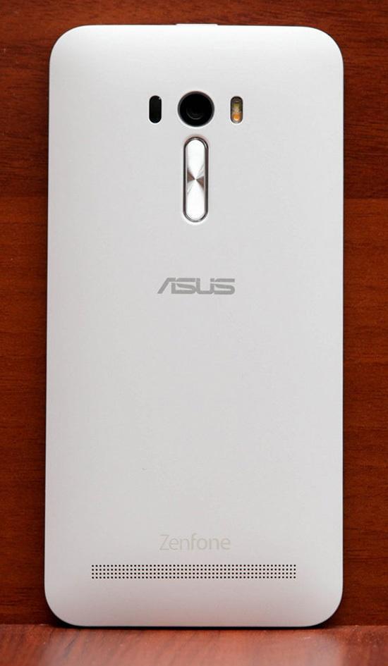 Обзор смартфона ASUS ZenFone Selfie - 11