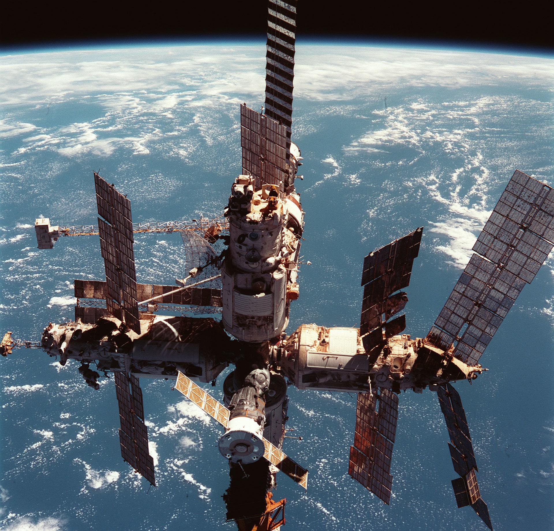 15 лет работе Международной космической станции - 3