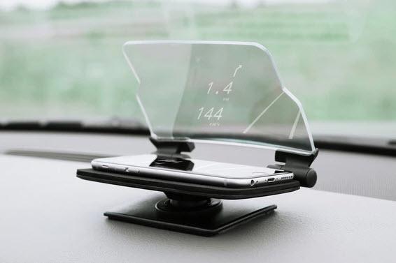 Hudway Glass — аксессуар для смартфона за $49, который добавит в ваш автомобиль проекционный дисплей