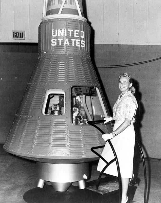 Женщины и Космос или просвещение планеты Задержка Развития - 3