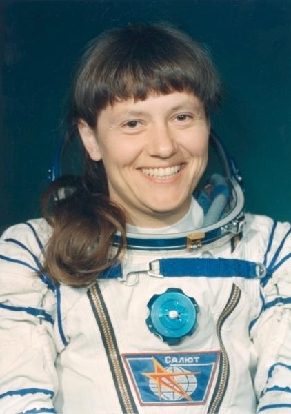 Женщины и Космос или просвещение планеты Задержка Развития - 4