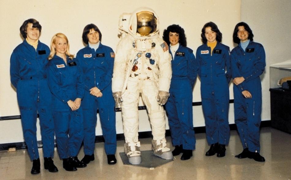 Женщины и Космос или просвещение планеты Задержка Развития - 6