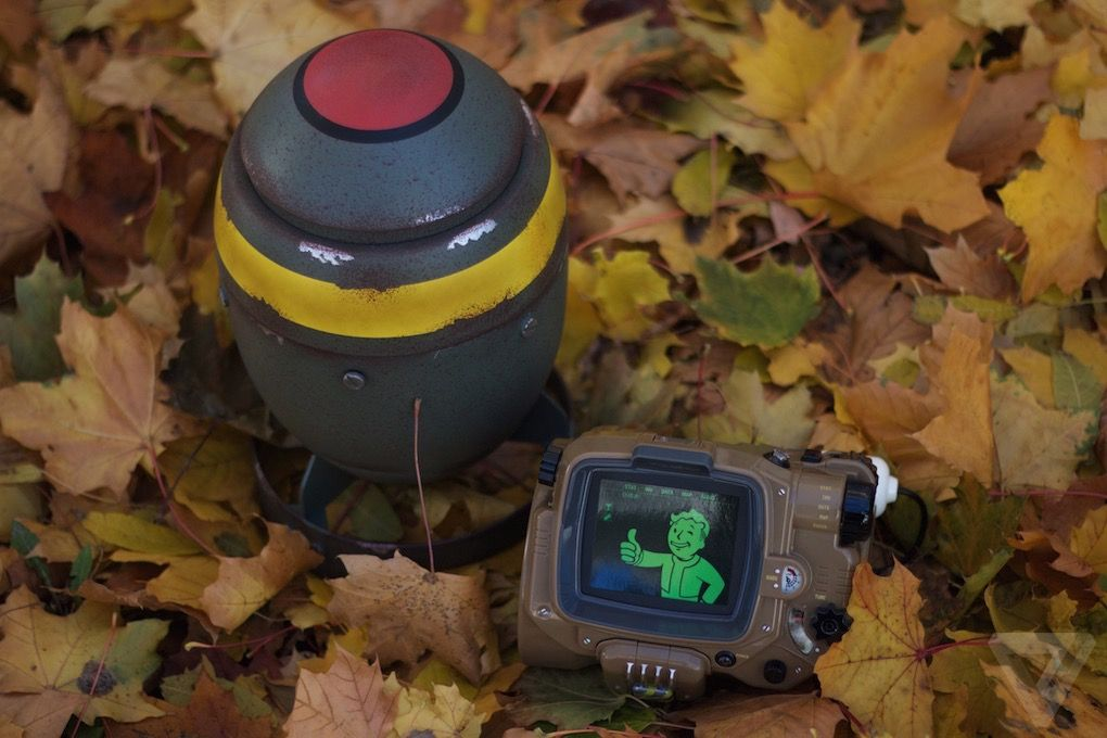 Анбоксинг Pip-Boy: первое знакомство с наручным ПК из мира Fallout - 23