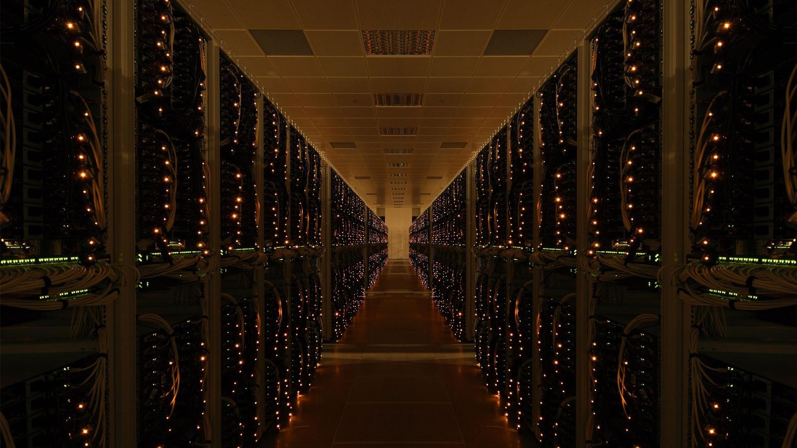 5 уникальных центров обработки данных в мире - 1