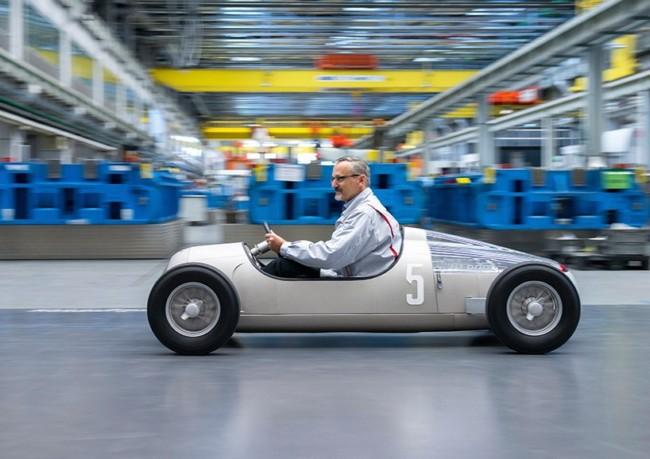 Audi предлагает использовать 3D-принтеры для производства металлических деталей сложной формы - 2