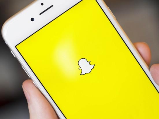 Пользователи Snapchat ежедневно просматривают не меньше 6 млрд роликов