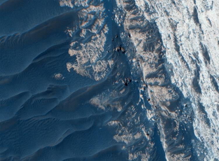 NASA выложило hi-res фотографии каньона Офир - 1