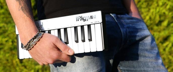 Компания IK Multimedia представила MIDI-клавиатуру iRig Keys mini