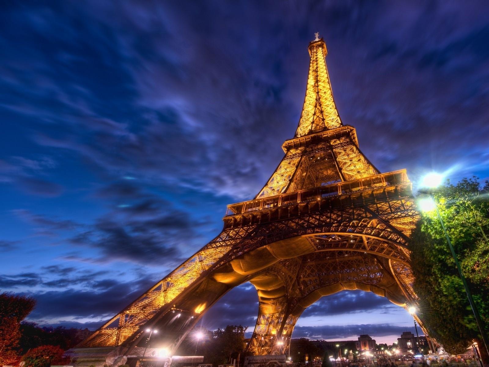 Франция готова признать киберспорт официальным - 1