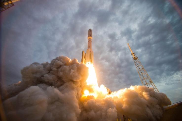 Стартапы стремятся быть лидерами в космической гонке - 1