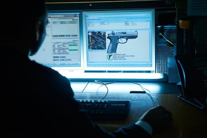 Умный пистолет Beretta работает в паре со смартфоном - 1