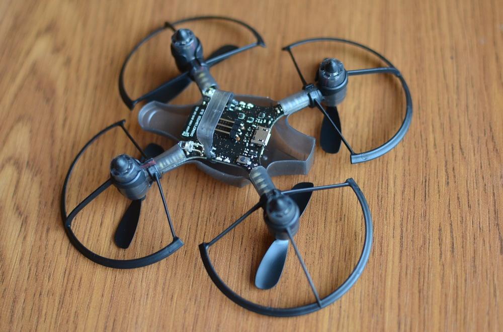 Южнокорейская революция на рынке мини-дронов. Обзор первого в мире боевого дрона — квадрокоптера Byrobot Drone Fighter - 28