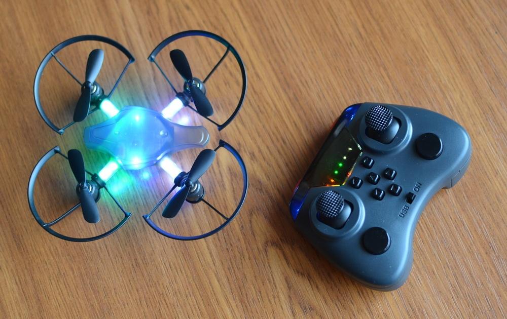 Южнокорейская революция на рынке мини-дронов. Обзор первого в мире боевого дрона — квадрокоптера Byrobot Drone Fighter - 3