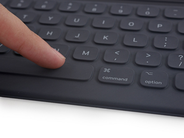 Чехол Apple Smart Keyboard заработал у iFixit ноль баллов