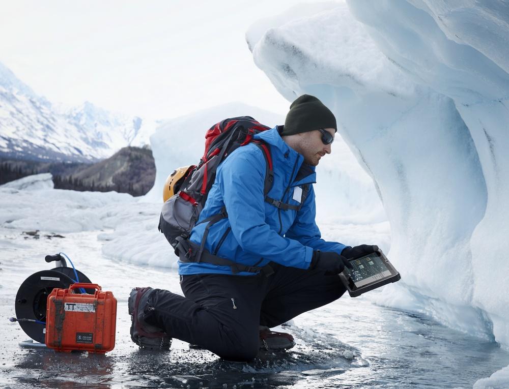 Ларс Ларссон и ноутбук Dell путешествуют по Средней Азии - 1