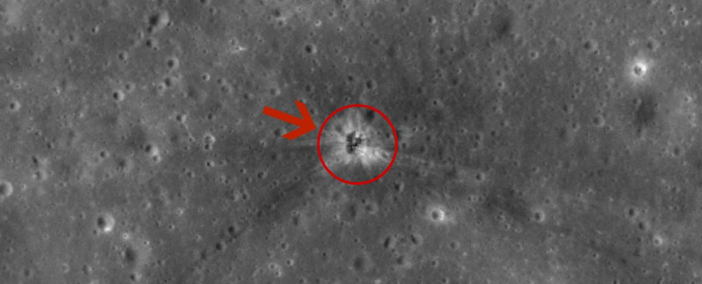 На Луне обнаружили место падения ракетного ускорителя Apollo 16 - 1
