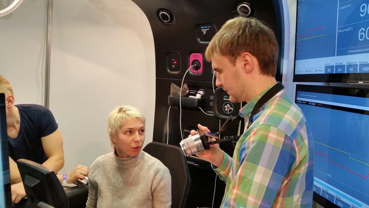 На Московском международном фестивале фитнеса 2015 представили аппарат для комплексного обследования ScanMe - 4
