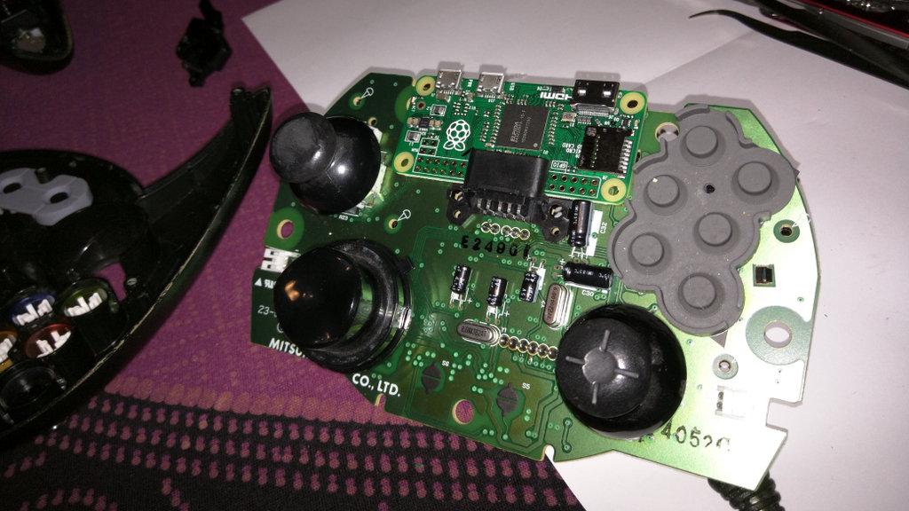 Raspberry Pi Zero + Xbox контроллер=игровая консоль - 4