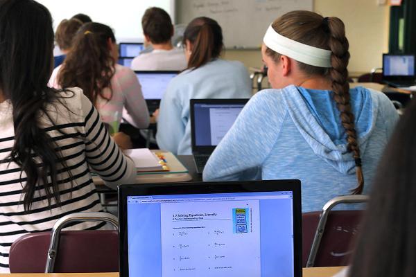 Хромбуки завоевали половину рынка ПК в школах США