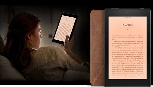 Планшет Amazon Fire HD 8 Reader's Edition с кожаным чехлом и годовой подпиской на сервис Kindle Unlimited стоит $250