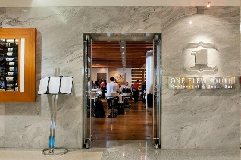 Почему еда в ресторанах при аэропортах такая дорогая - 2