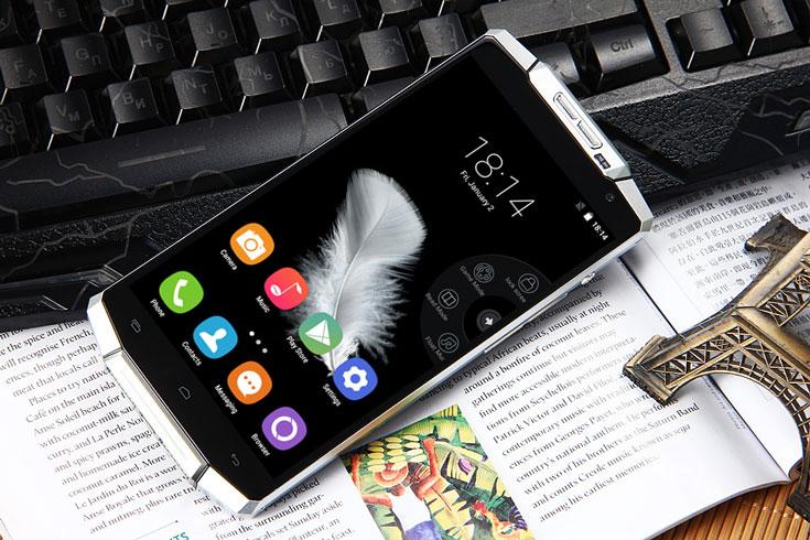 Смартфон Oukitel K10000 рассчитан на две карточки SIM и поддерживает сети 2G GSM, 3G WCDMA и 4G FDD-LTE