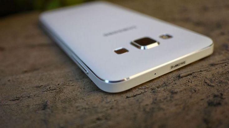 В Японии продаётся уникальная модификация Samsung Galaxy A8