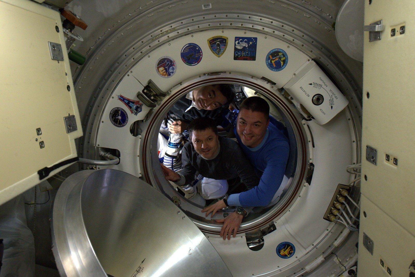 Экипаж «Союза ТМА-17М» вернулся на Землю - 1