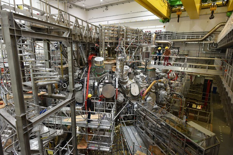 В стеллараторе Wendelstein 7-X получена первая плазма - 3