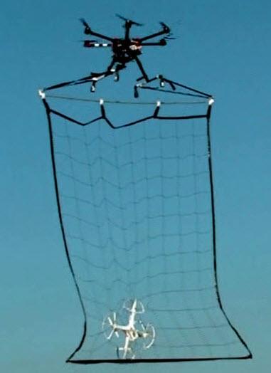 В Токио показали полицейский БПЛА, созданный для перехвата дронов