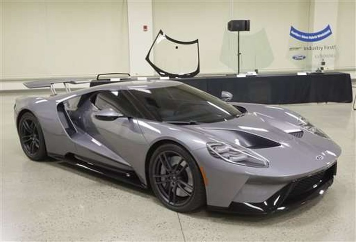 Автостёкла Ford GT наполовину сделали из Gorilla Glass - 2