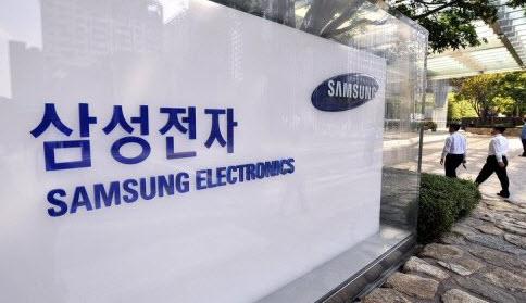 Samsung лидировала на рынке смартфонов в третьем квартале с результатом 25,6%