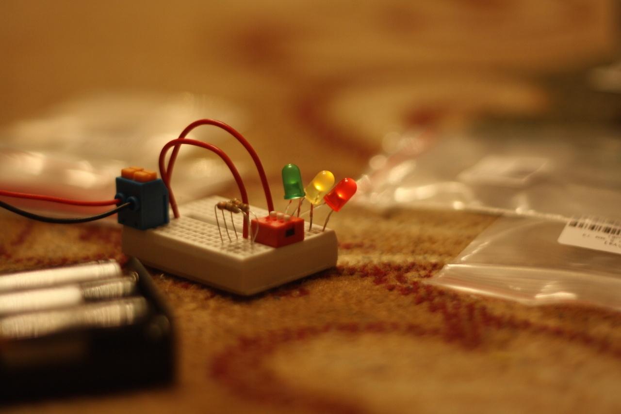 Микроник — электронный конструктор для детей. И для таких взрослых, как я - 9