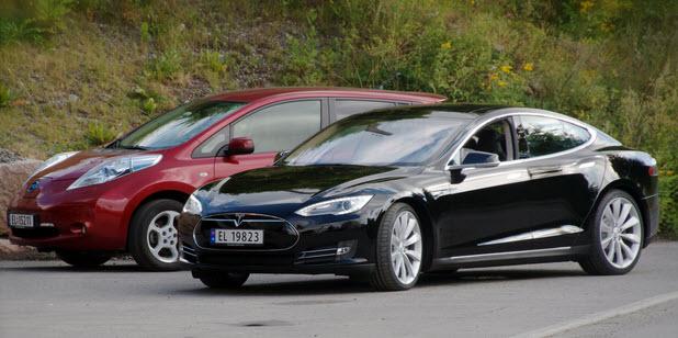 Общие продажи Tesla Model S превысили 100 000 машин, но самым популярным электрокаром остается Nissan Leaf с вдвое лучшим результатом
