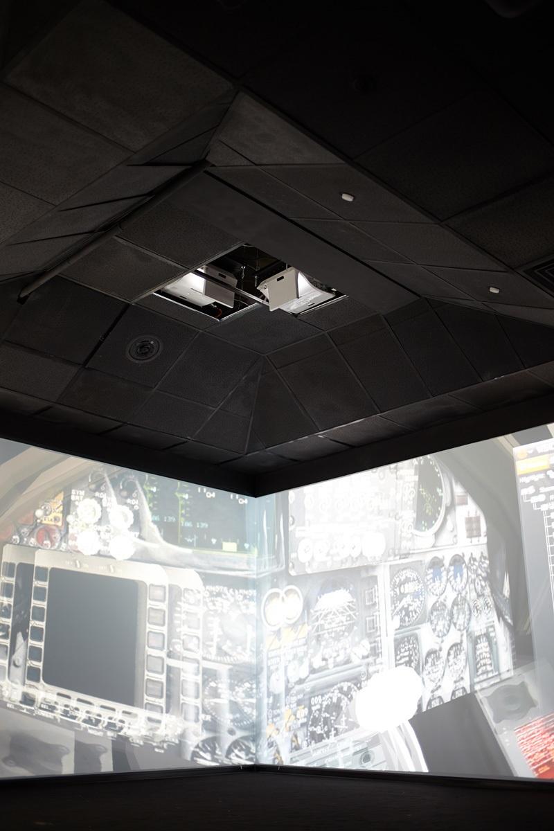 3D-лаборатория для людей из МИЭМа, сующих голову внутрь прототипов трассировки печатных плат - 3