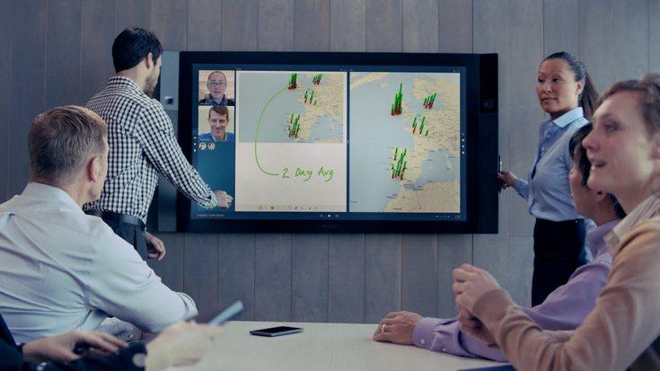 Моноблоки Microsoft Surface Hub доберутся до покупателйе позже, чем ожидалось, и обойдутся им дороже
